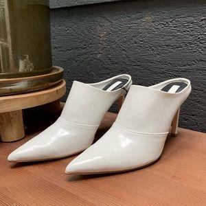 White Pointed Mule Heel